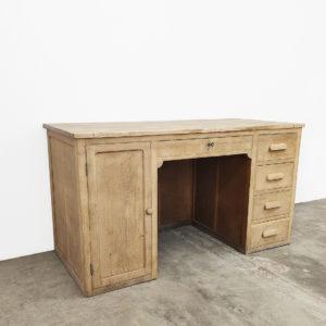 Bureau-chêne-vintage-bois-brut-patine-meuble-ancien-meuble-de-metier